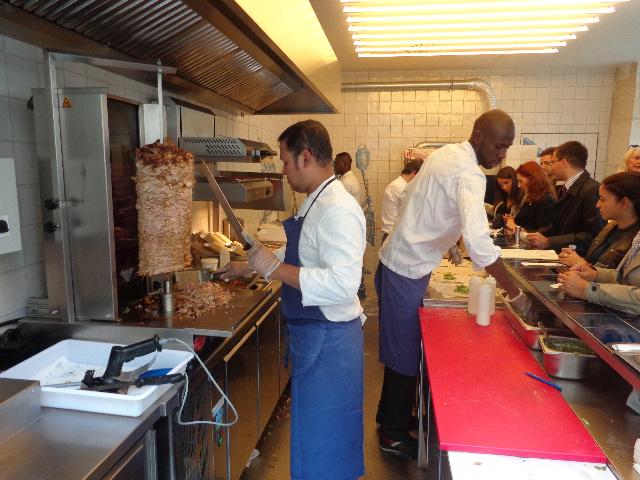 Grill restaurant paris 2e un kebab chez grill le blog de gilles pudlowski les pieds - Restaurant la grille paris 10 ...