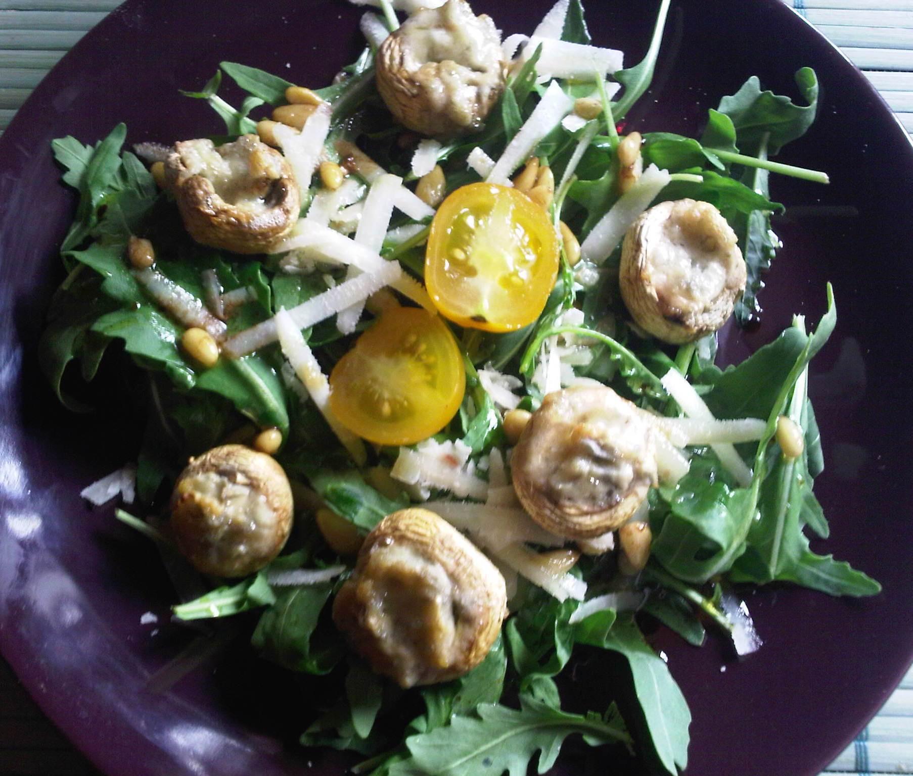Salade de roquette et champignons ©SK