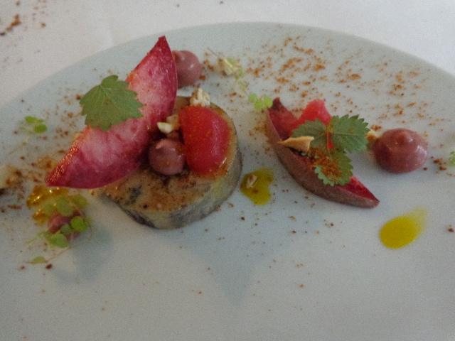 Foie gras et pêche de vigne © GP