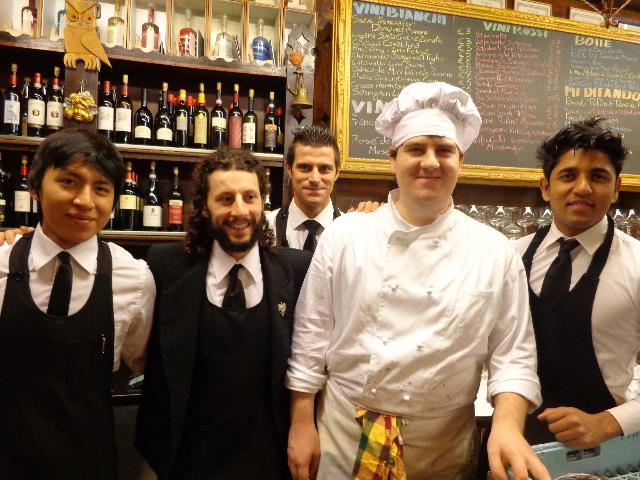 L'équipe au bar ©GP