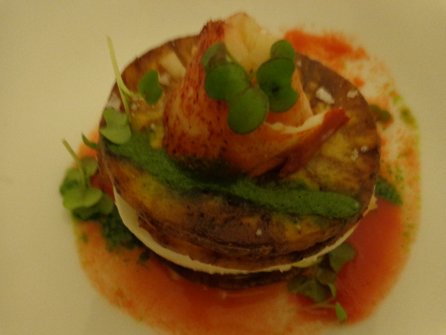Mille-feuille de homard et aubergine