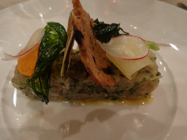 Tartare de bar aux huîtres © GP