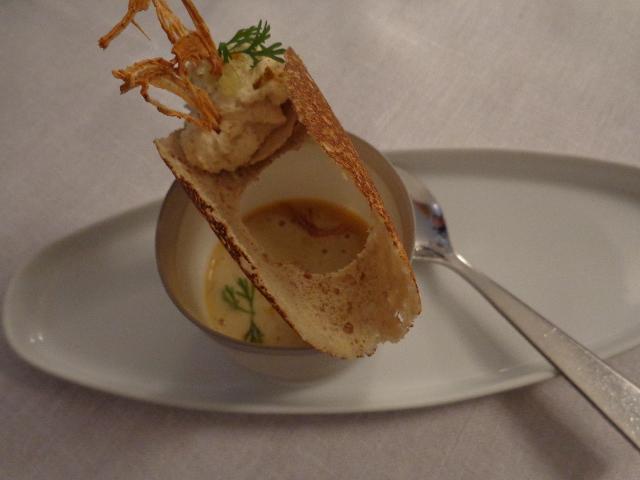 Bouillon de cocos, hareng pilé © GP