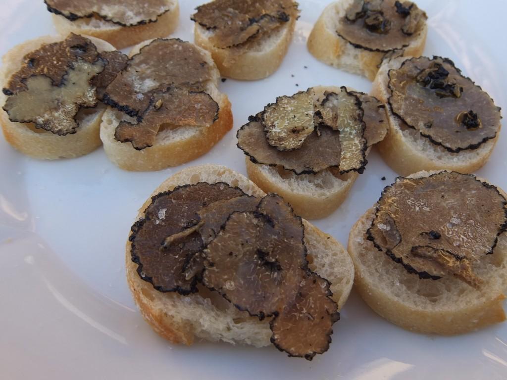 Toasts à la truffe © GP