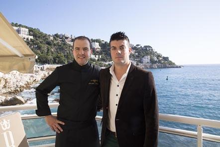 Sébastien Mahuet (à gauche) et le directeur © Maurice Rougemont