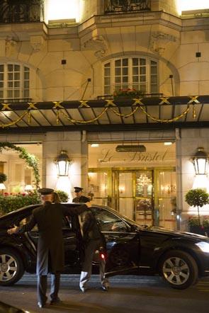 Entrée de l'hôtel © Maurice Rougemont