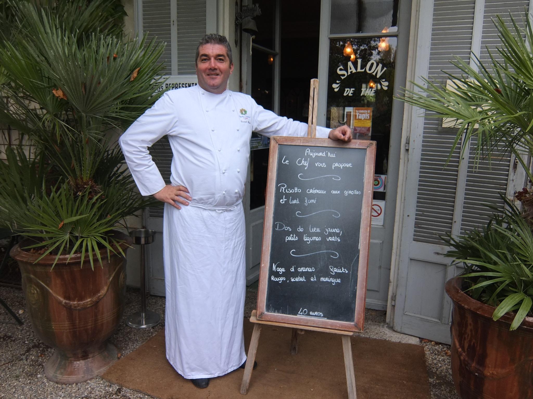 Le jardin des quais restaurant l 39 isle sur la sorgue h bet son bistrot et son quai coups de - Le jardin du quai isle sur la sorgue ...