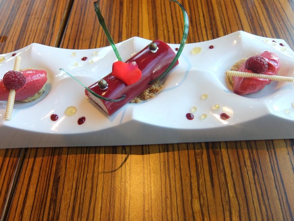 Gelée de framboise et fromage blanc © GP
