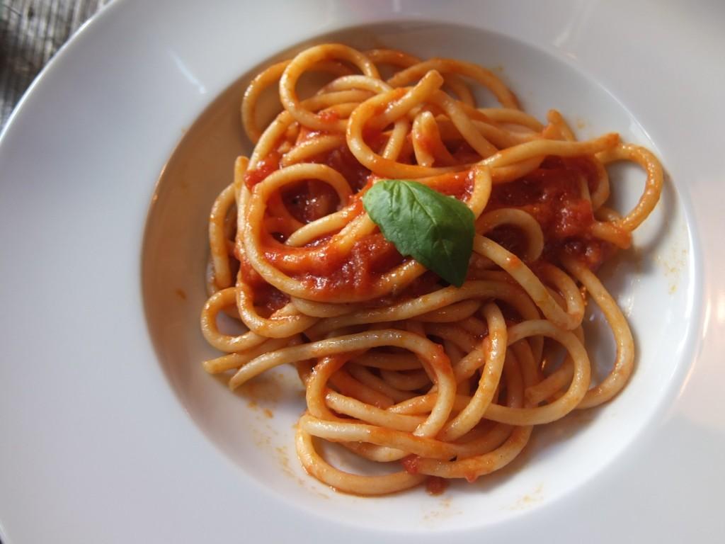 Pici tomate et basilic © GP