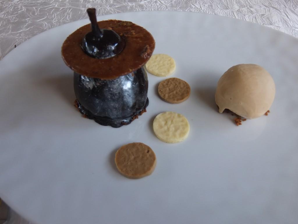 Poire fondante et chocolat brillant © GP
