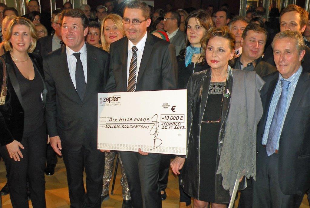 Julien Roucheteau, avec Madelein Zepter, Stephanie Le Quellec, Christian Estrosi et Jacques Gantié ©AA