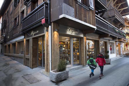 La boutique © Maurice Rougemont