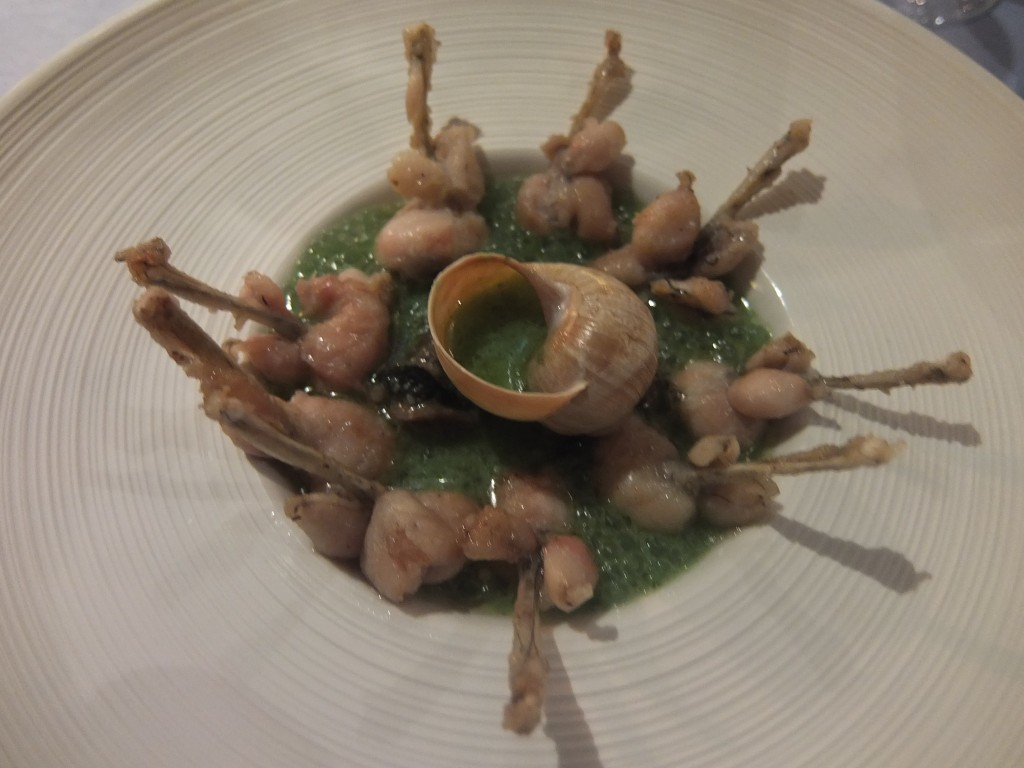 Grenouilles et escargots © GP