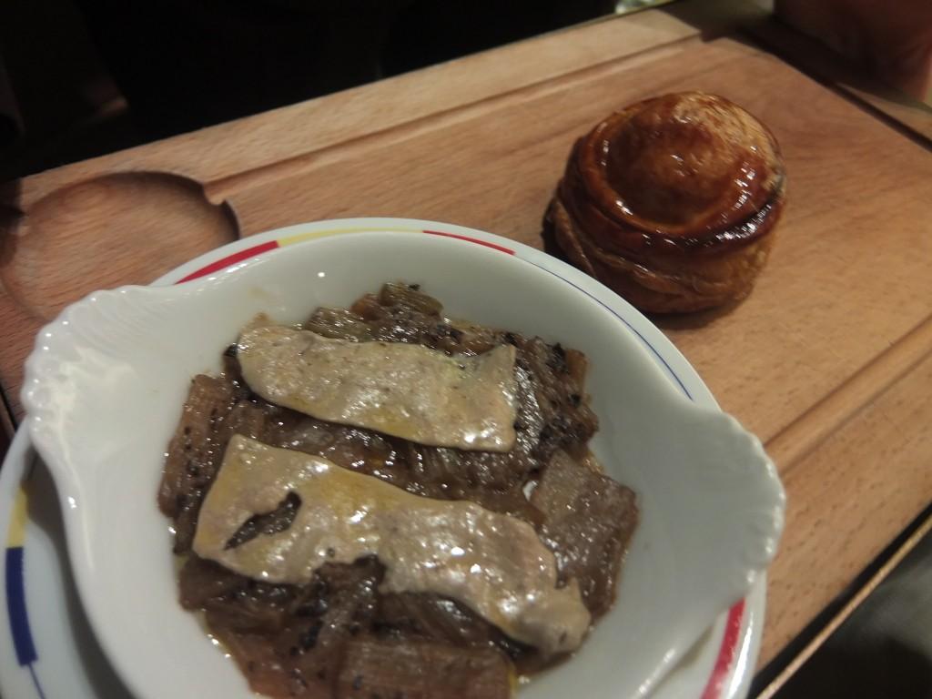 Tourte aux truffes et gratin de cardons © GP
