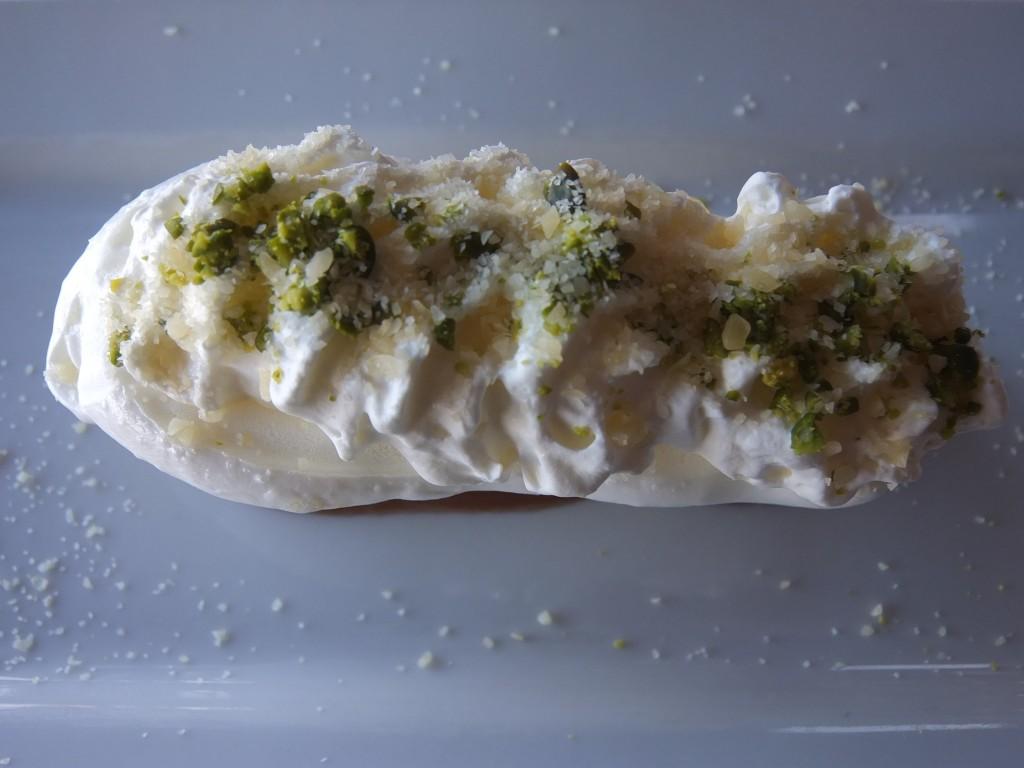 Meringue croustillante et crème de marron © GP
