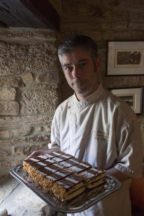 Eric  Jubin et son mille-feuille © Maurice Rougemont