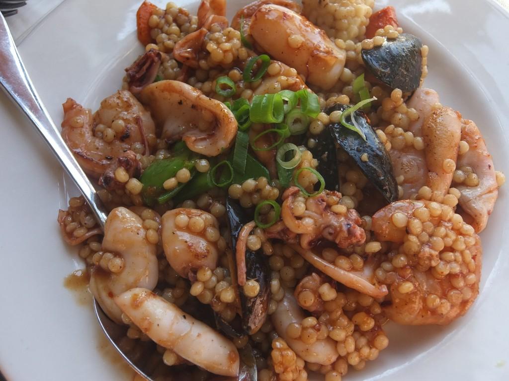 """""""Couscous"""" israélien de fruits de mer © GP"""