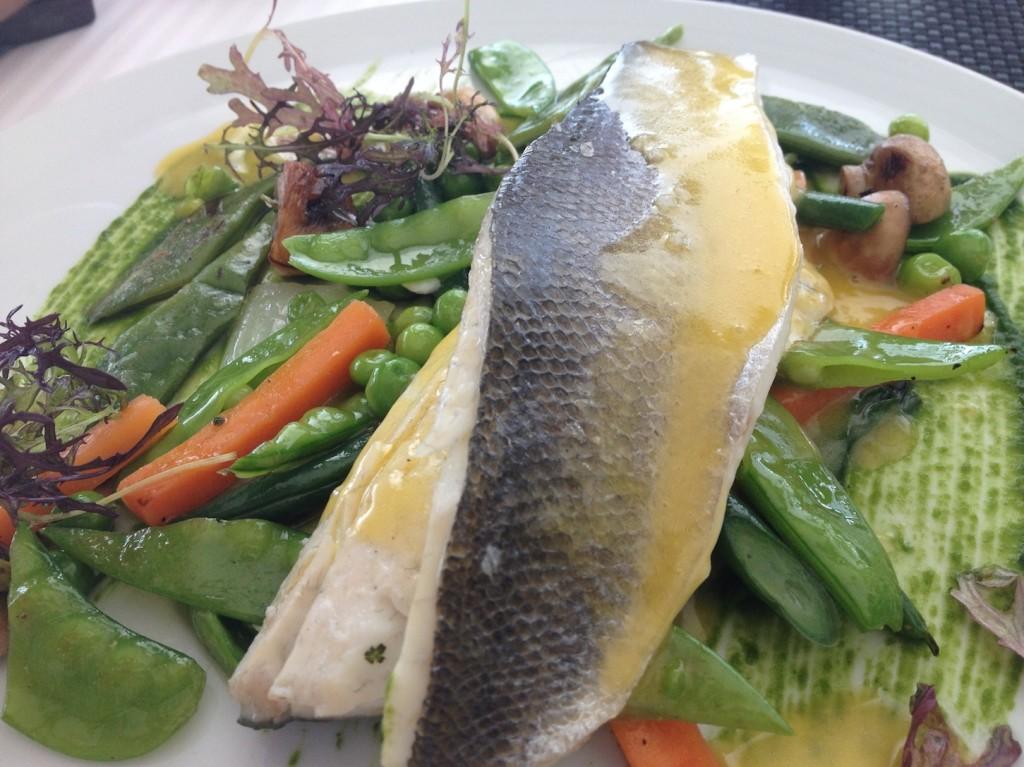 Bar de l'Atlantique et légumes du jour © GP
