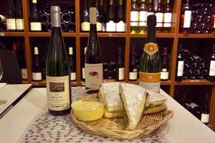Vins et fromages © Maurice Rougemont