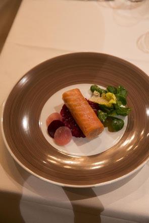Cannelloni de saumon en tartare © Maurice Rougemont