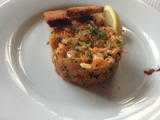 Tartare de saumon © DC