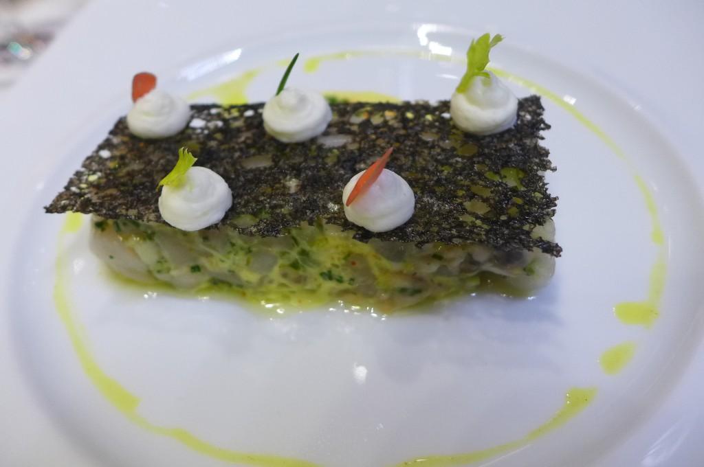 Tarte de saint-jacques et huîtres ©GP