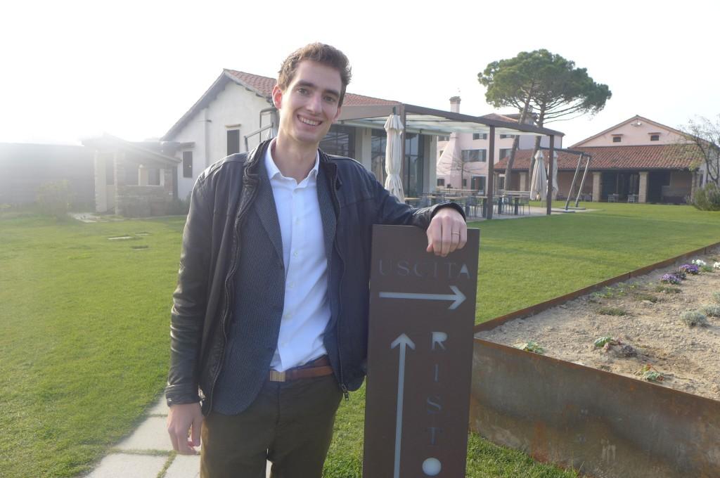 Matteo près des vignes ©GP