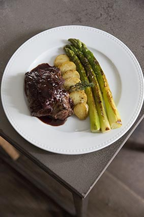 Onglet aux asperges © Maurice Rougemont