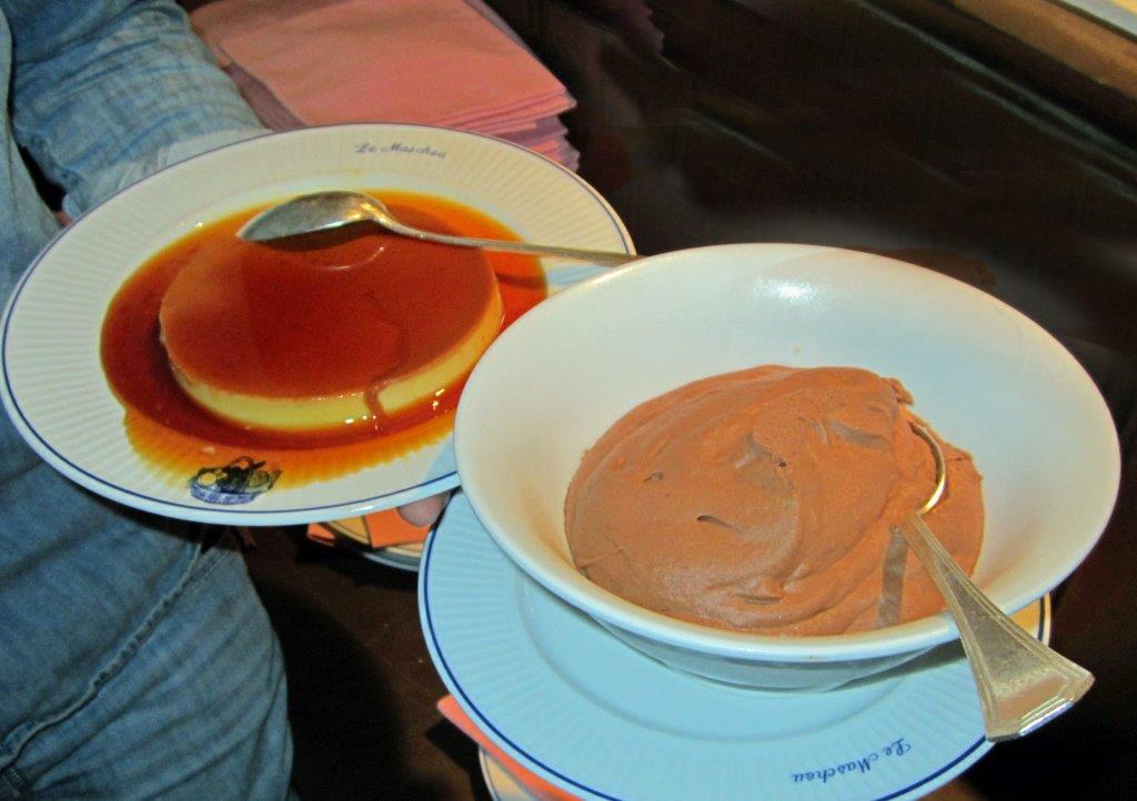 Crème caramel et mousse chocolat © AA