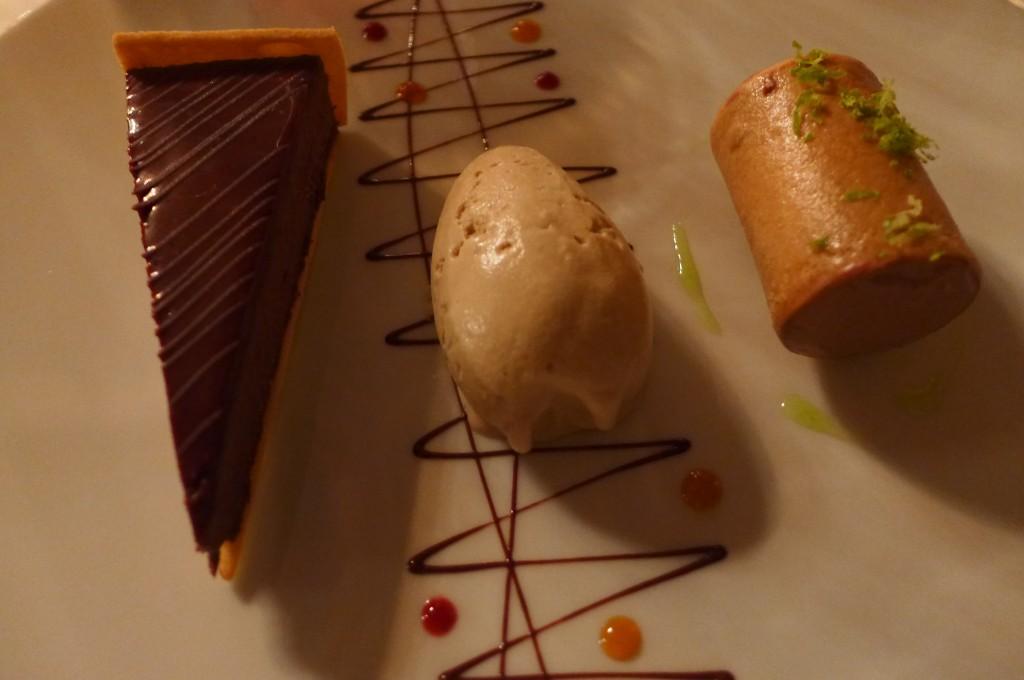 Tarte au chocolat et glace au café © GP