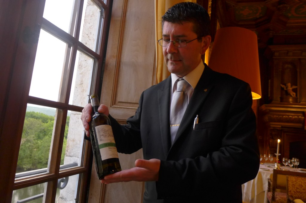 Erick Lachaud et le service du vin © GP