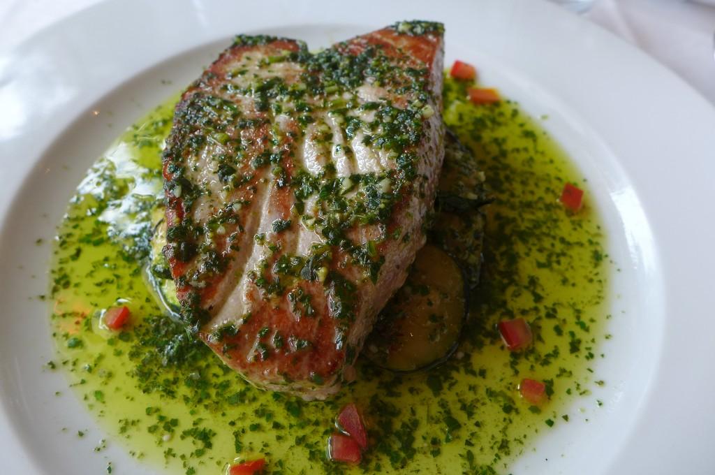 Thon escalopé à l'huile d'olive © GP