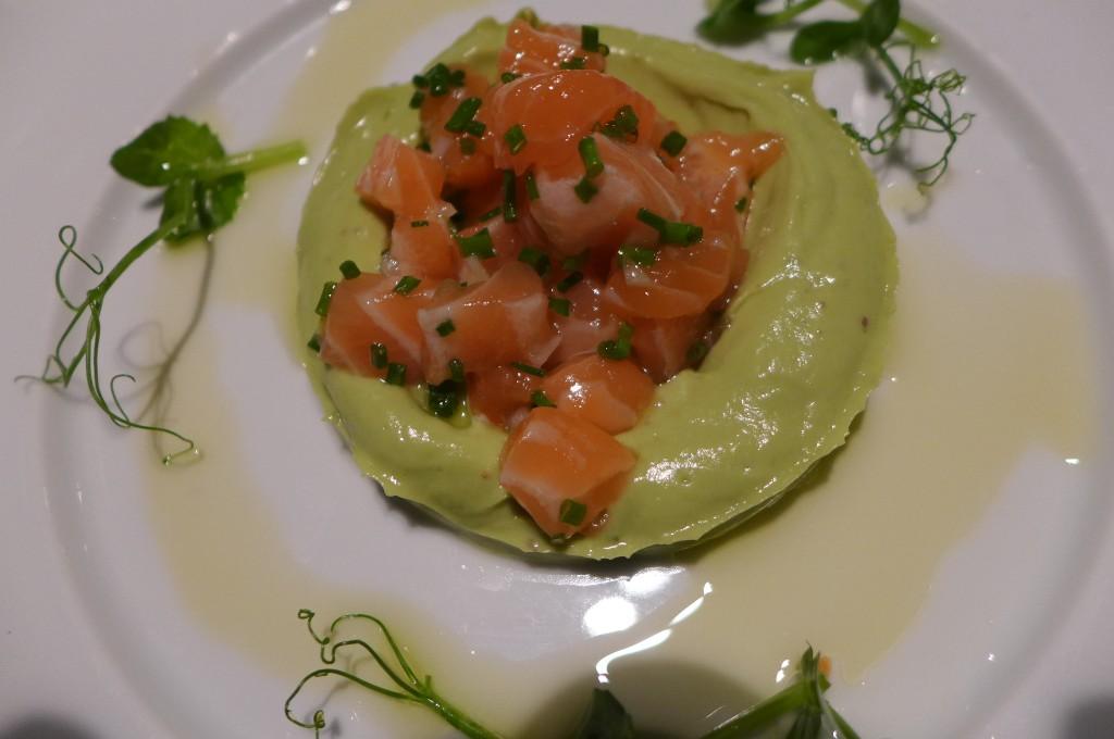 Saumon et guacamole © GP