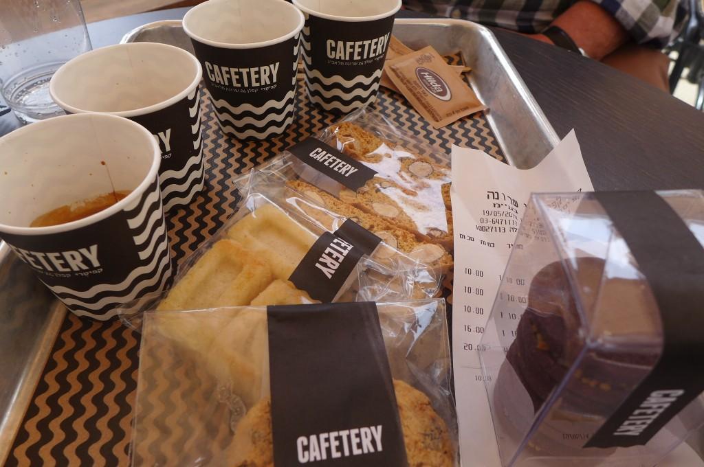 Café et biscuits © GP