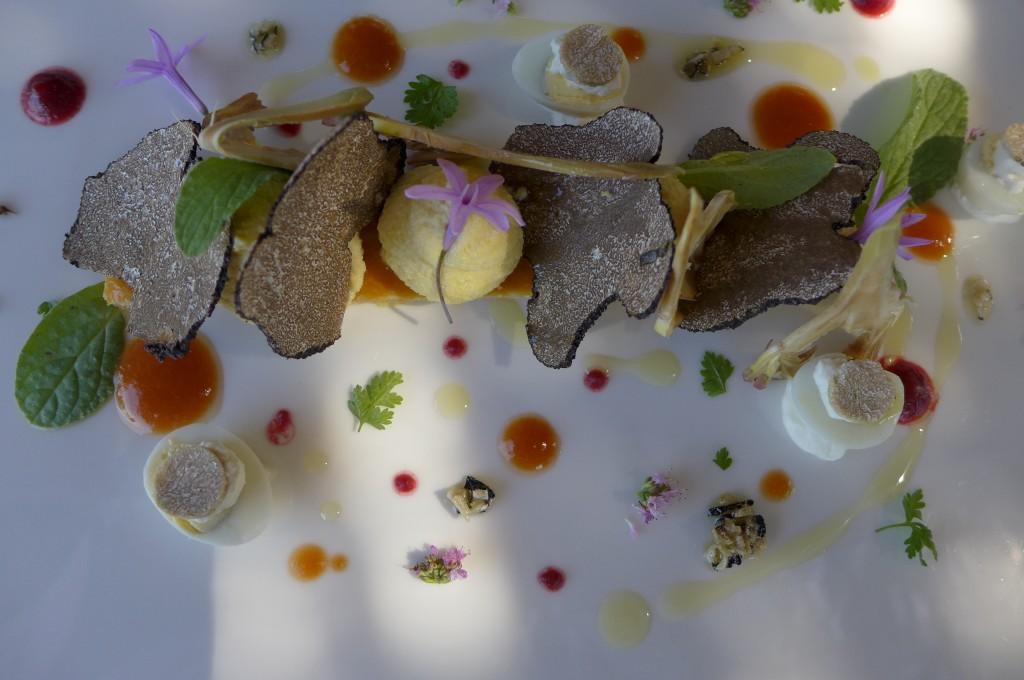Ile flottante aux truffes d'été © GP