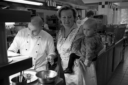 Et en famille © Maurice Rougemont