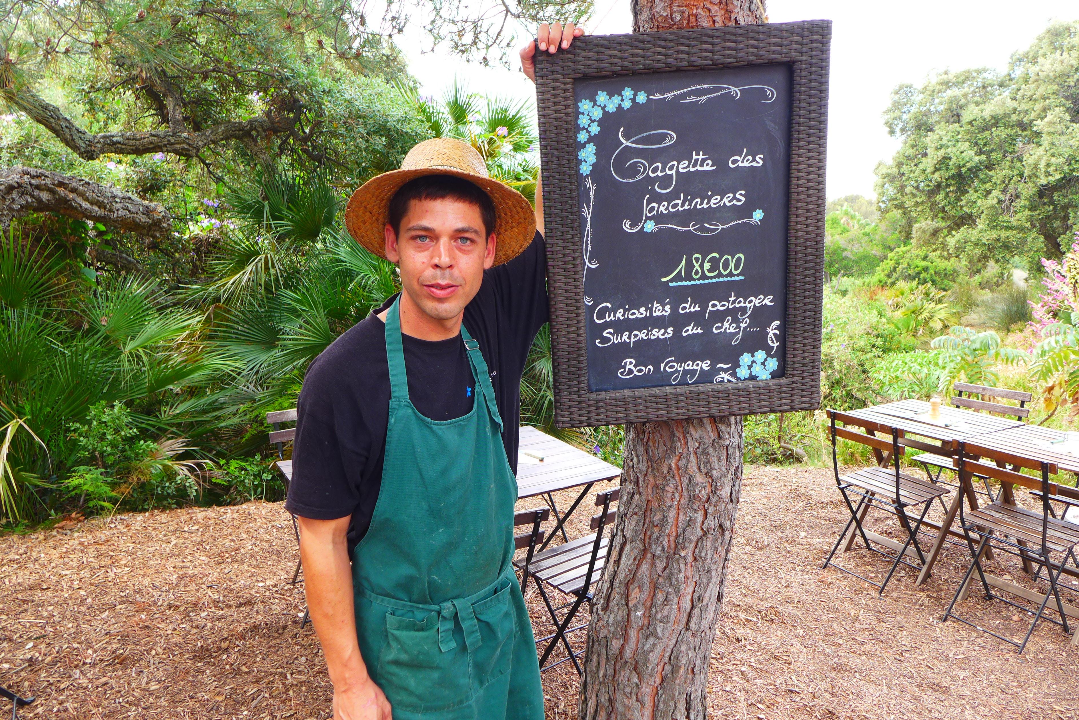 Le caf des jardiniers au jardin des m diterran es caf for Jardin rayol canadel