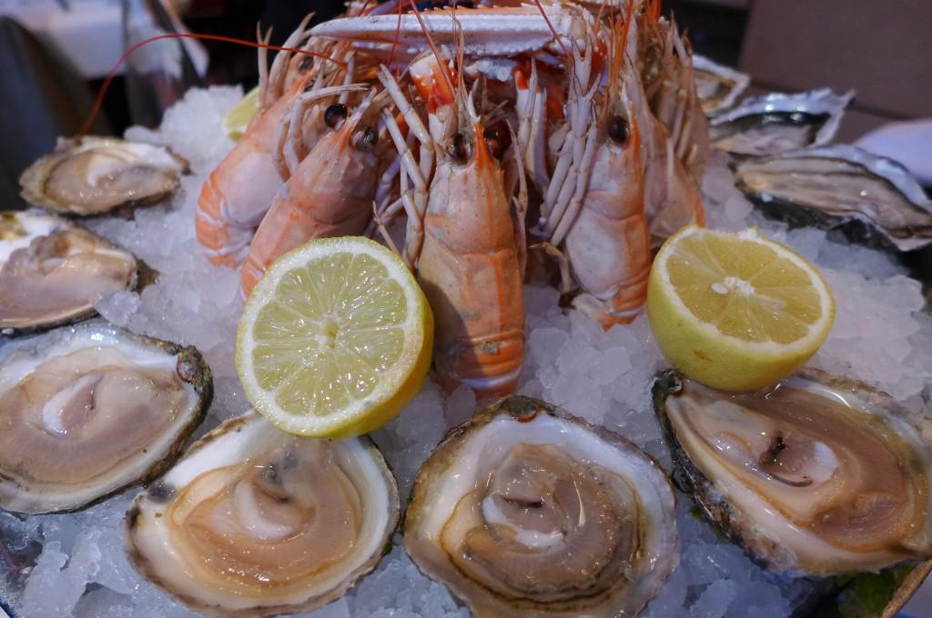 Huîtres et langoustines © GP