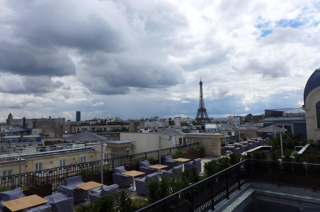 Vue sur Paris depuis le dernier étage © GP