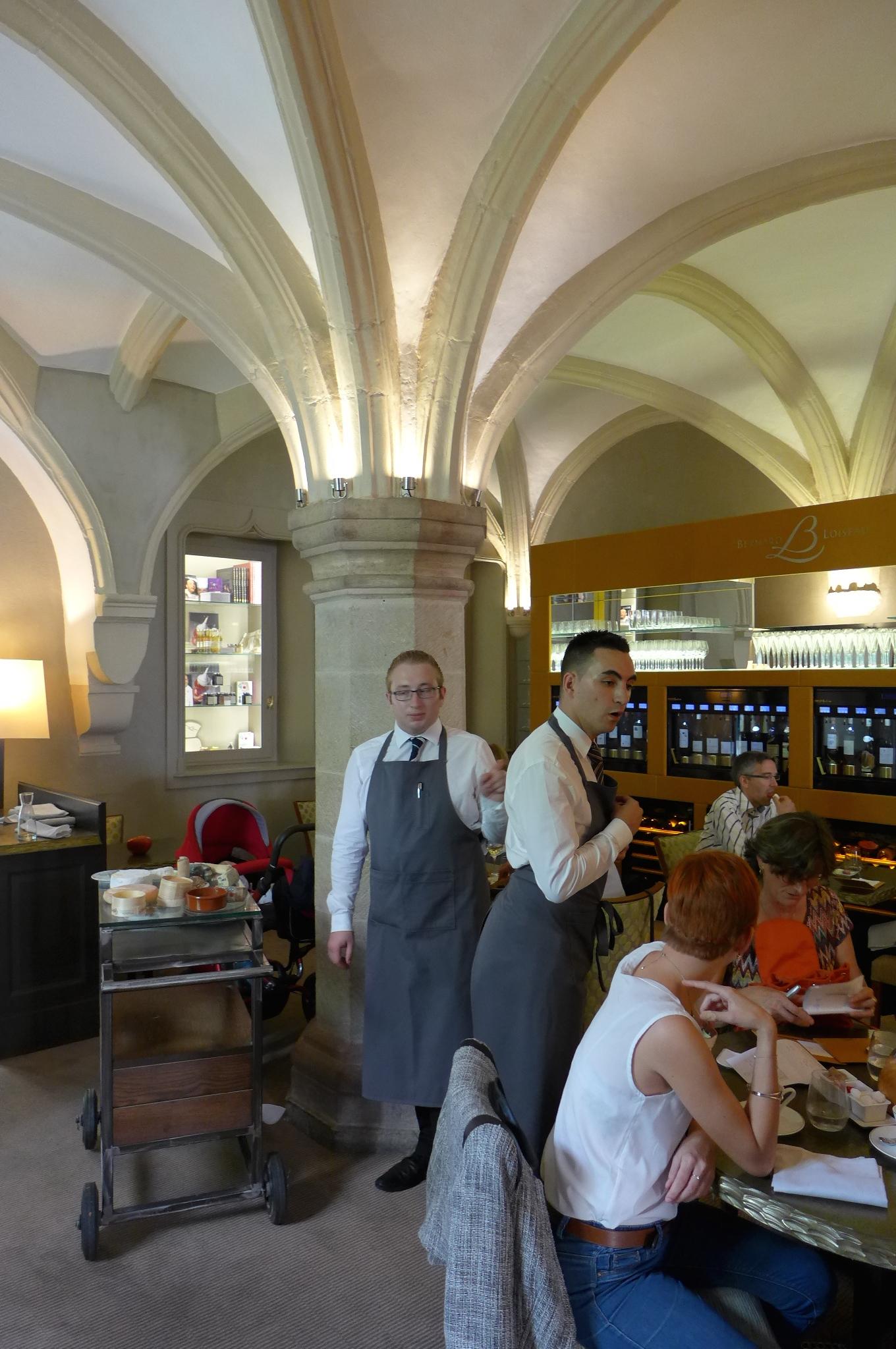 Loiseau des ducs restaurant dijon le loiseau nouveau for Dans nos coeurs 35