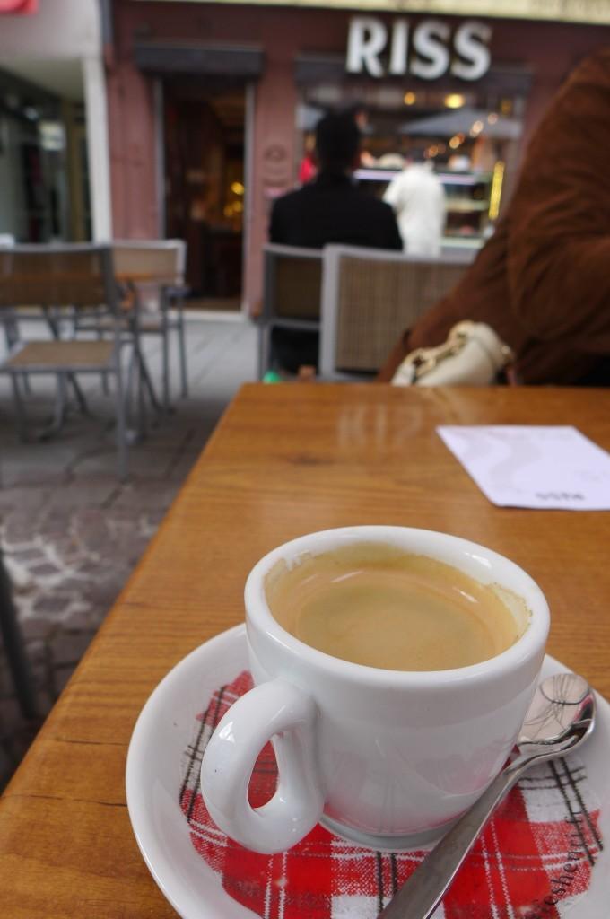 Café en terrasse © GP