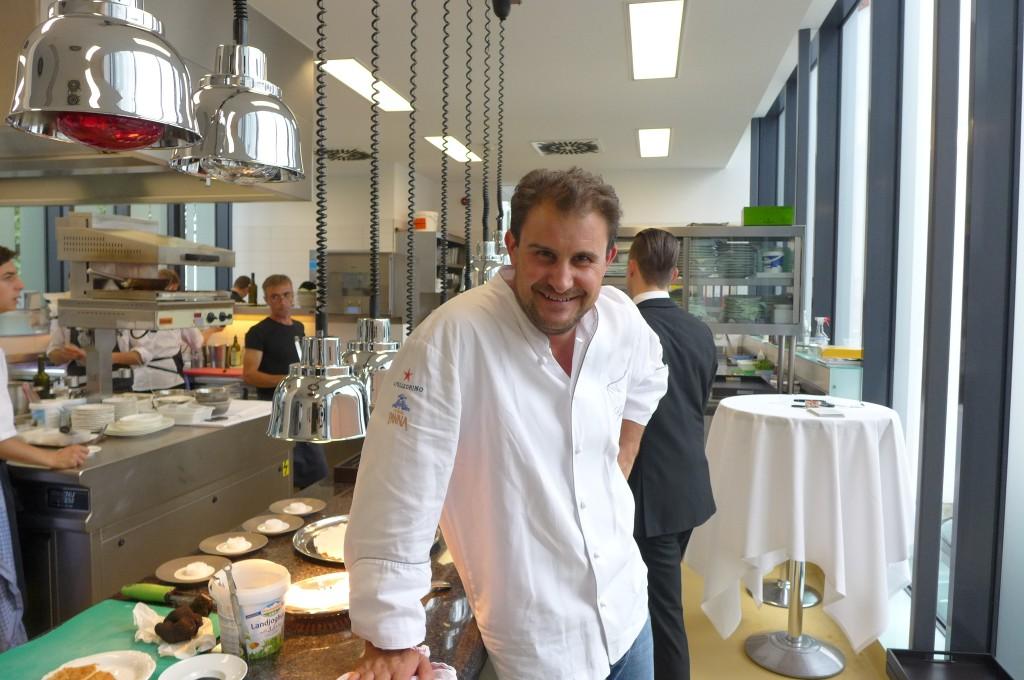 Klaus Erfort en cuisine © GP
