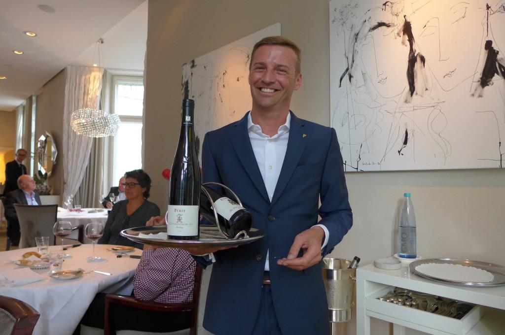 Jérôme Pourchère et le service des vins © GP