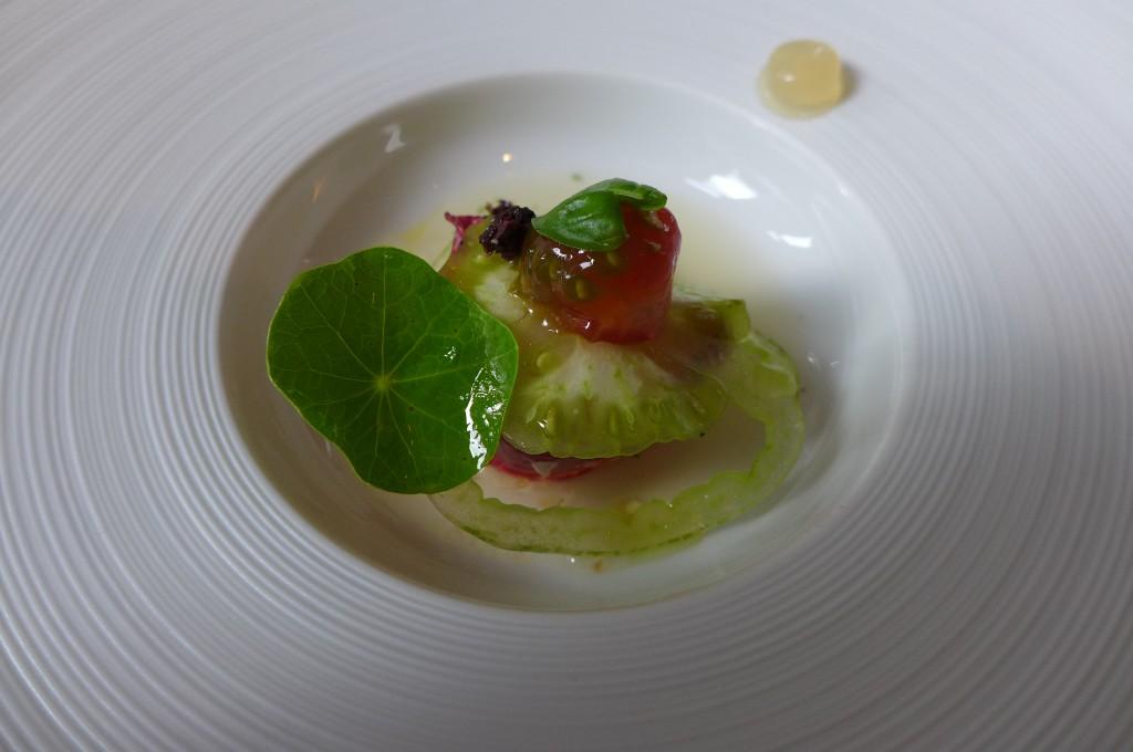 Homard et eau de tomate © GP