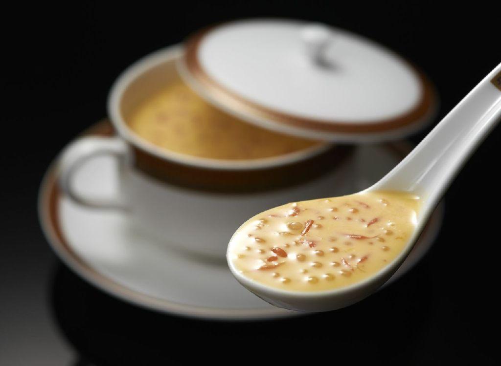 Crème de mangue, pomelo, perles de sagou ©DR