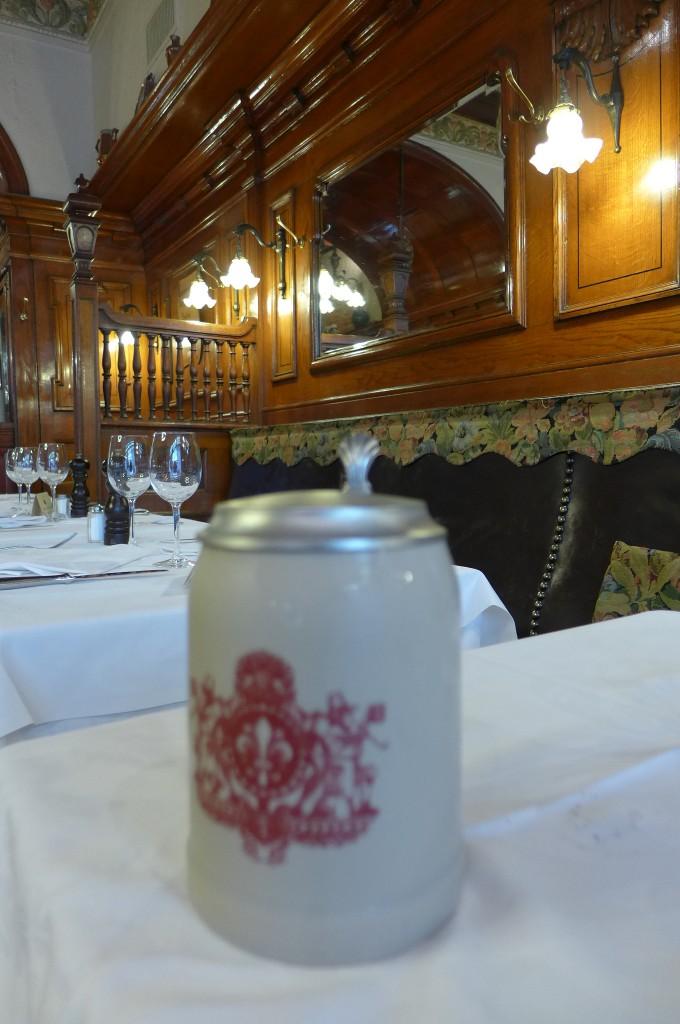 La bière et le décor © GP