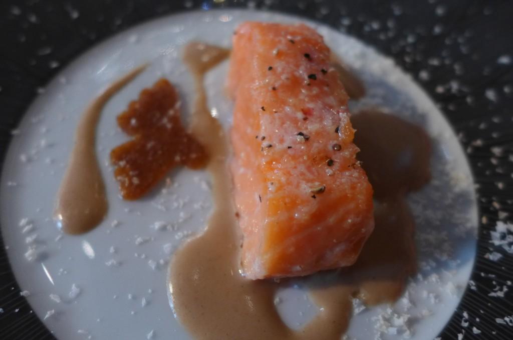 Coeur de saumon aux noisettes © GP
