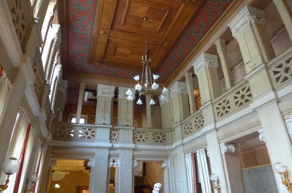 Le couloir à colonnades © GP