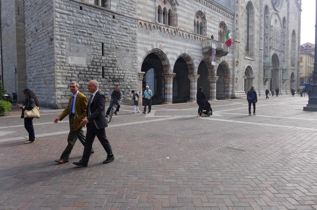 Place de la cathédrale à Côme © GP