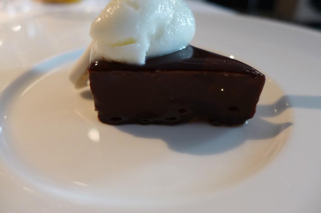 Chocolat fondant et sorbet citron © GP